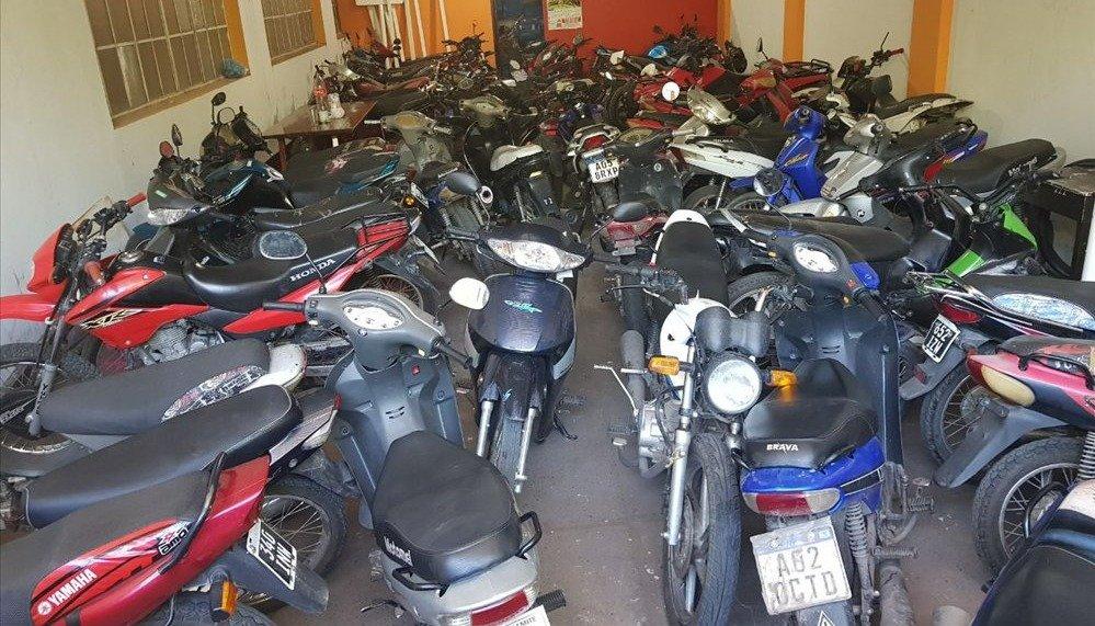 Hay más de 300 motos retenidas y siguen los controles de tránsito