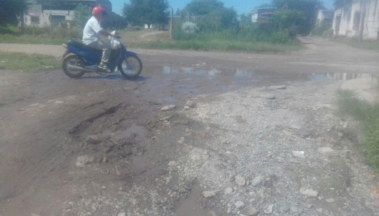 Quejas por el agua y el estado de las calles