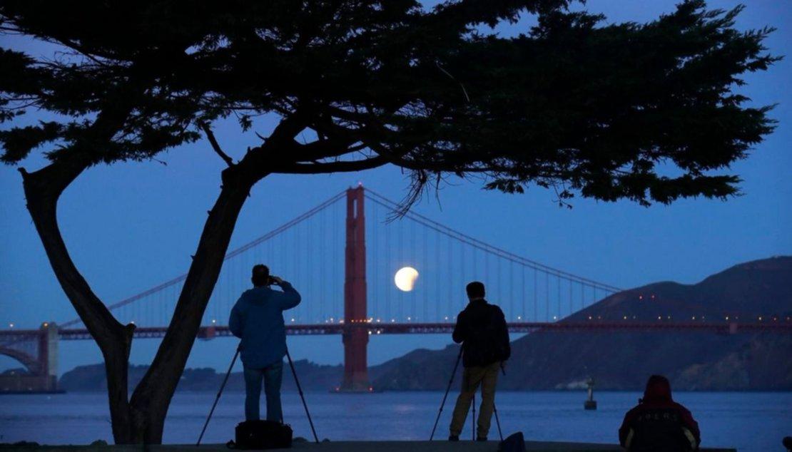 Vista desde el puente Golden Gate en San Francisco, EEUU.