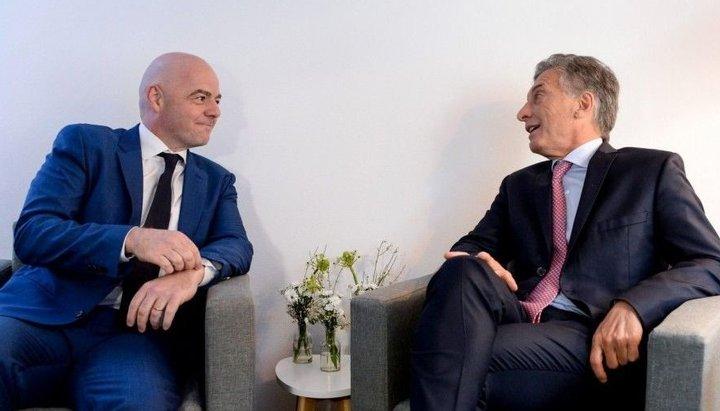 Malestar en el mundo del fútbol por la designación de Macri en la Fundación FIFA