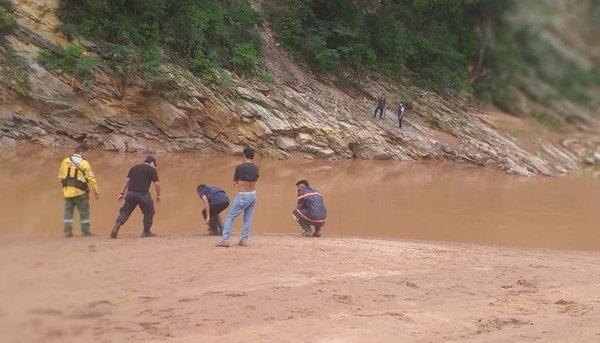 ahogado río caraparí