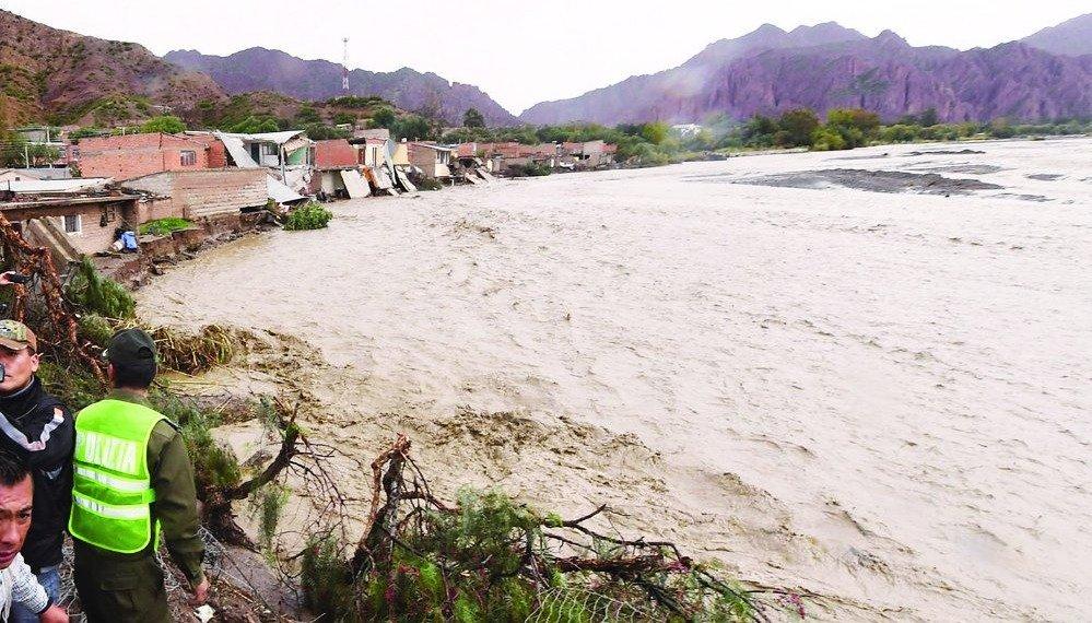 Se complica la situación en Villamontes por las lluvias y aumenta el peligro para el chaco salteño