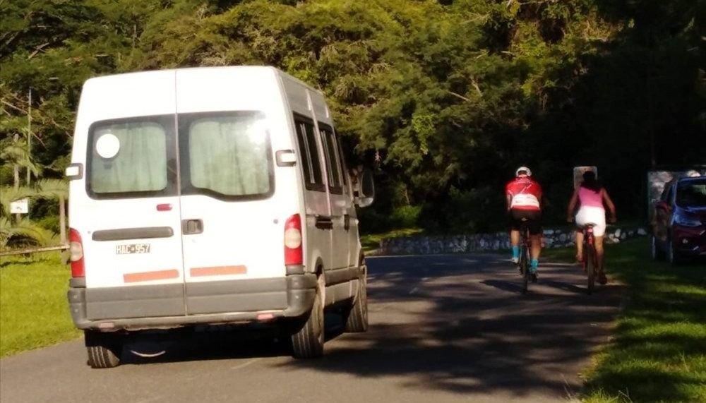 Advierten a ciclistas  del peligro de andar  por la ruta a Termas
