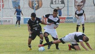 Fue debut sin goles entre Cuyaya y Zapla