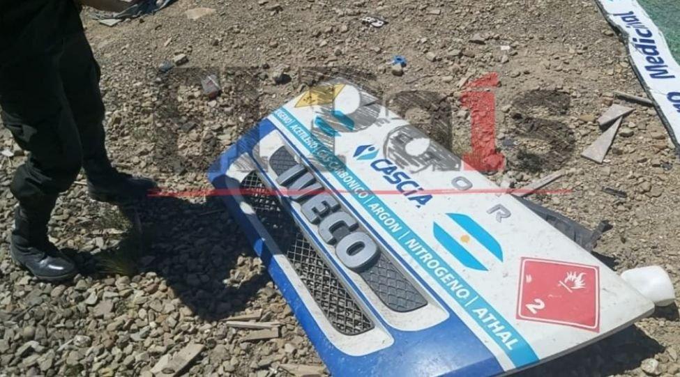 Dos argentinos que transportaban oxígeno medicinal mueren calcinados en carretera boliviana
