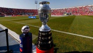 ¿Solo vacunados? La Copa América de Argentina se jugaría con público en las tribunas