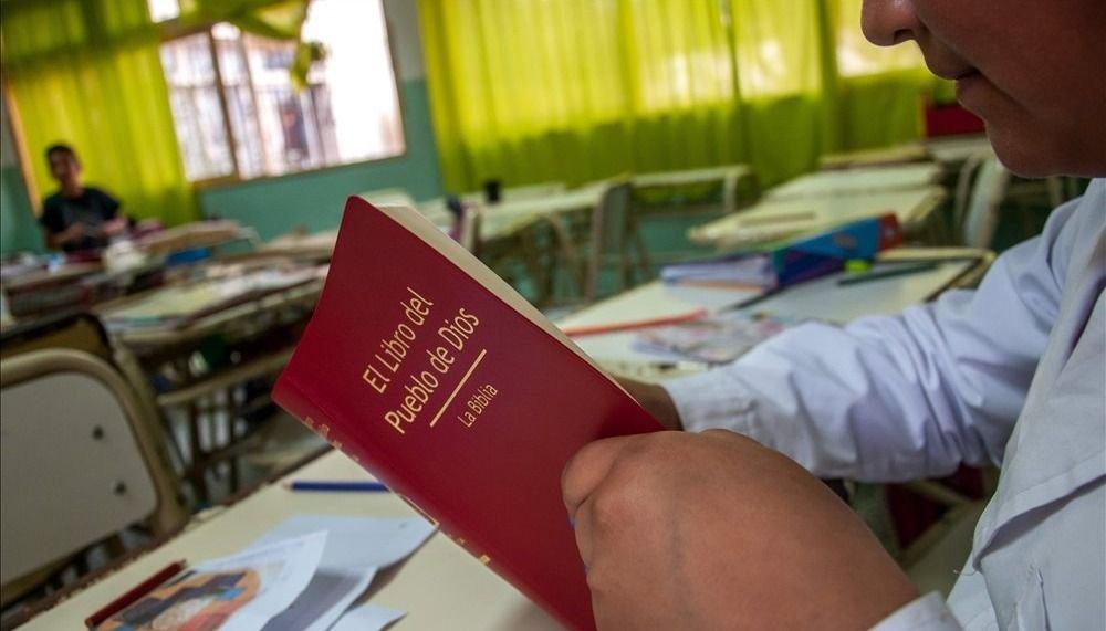 La Iglesia apuesta a que las familias  sostengan la educación religiosa