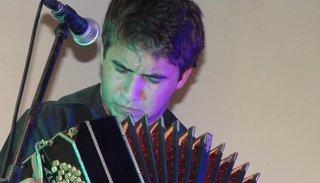 Lautaro D'Amico trasluce en sus manos mágicas la fuerza de un bandoneón