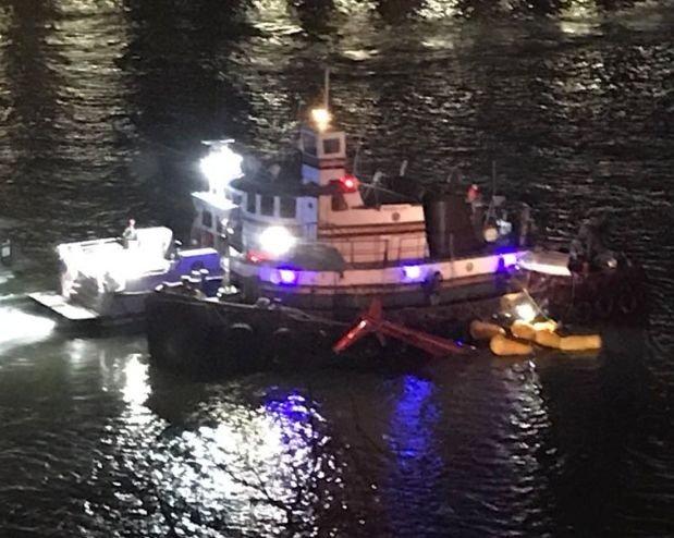 Cayó un helicóptero turístico en Nueva York: 5 muertos