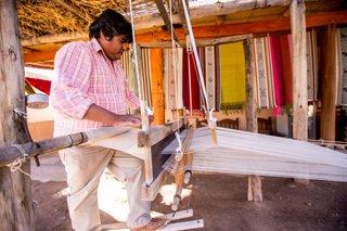 Seclantás: gran desfile de ropa artesanal en la cuna del poncho salteño