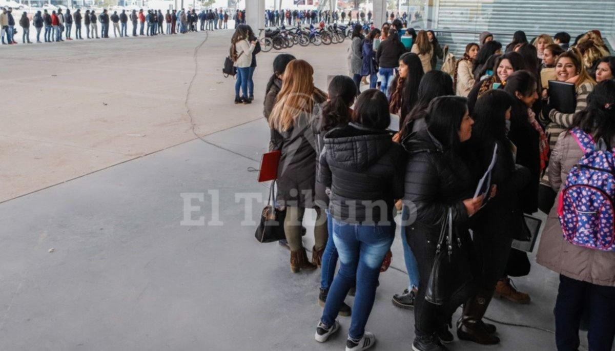 Más de cien mil salteños con problemas de empleo