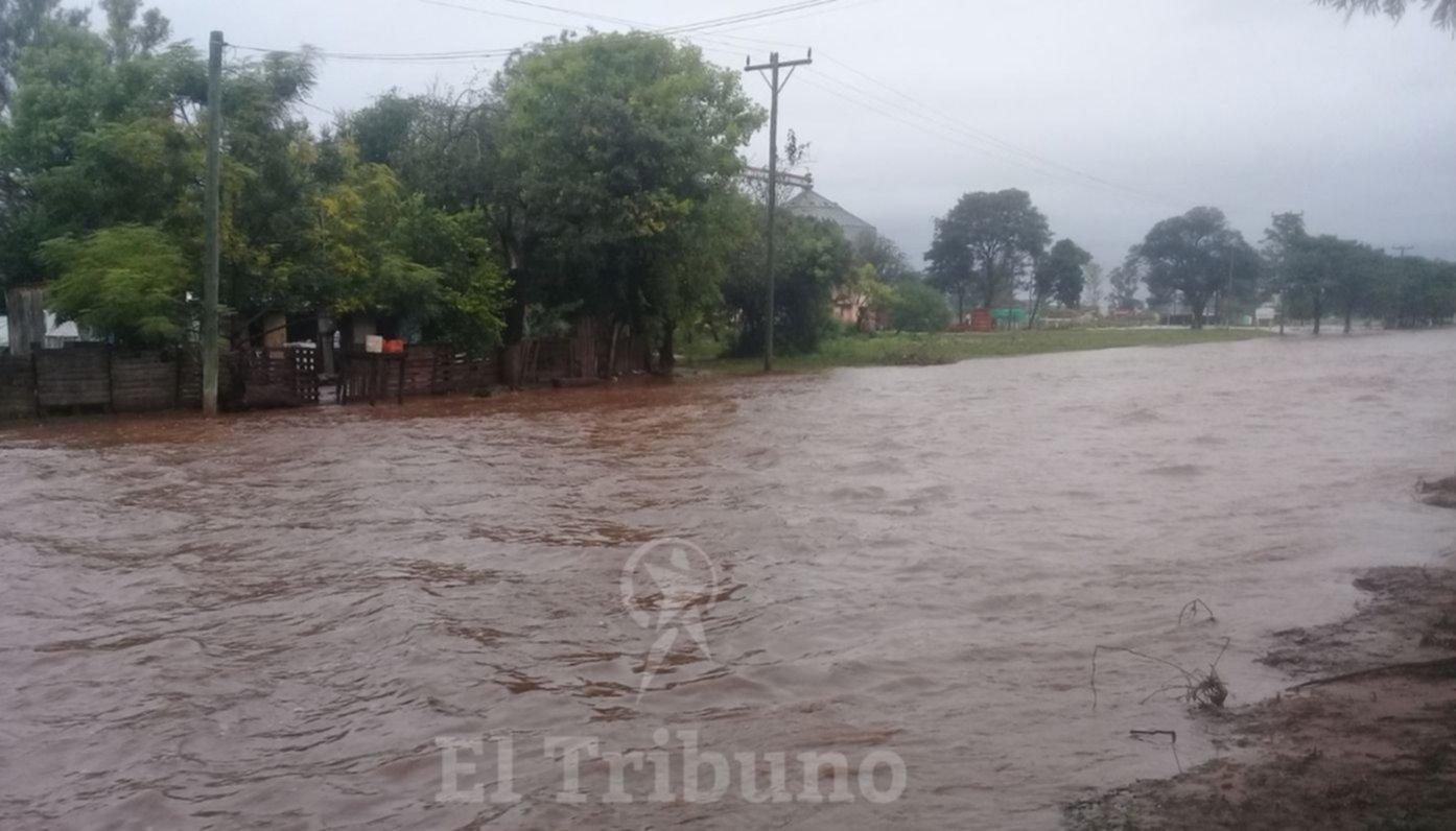 Video: Impactante inundación en Coronel Mollinedo