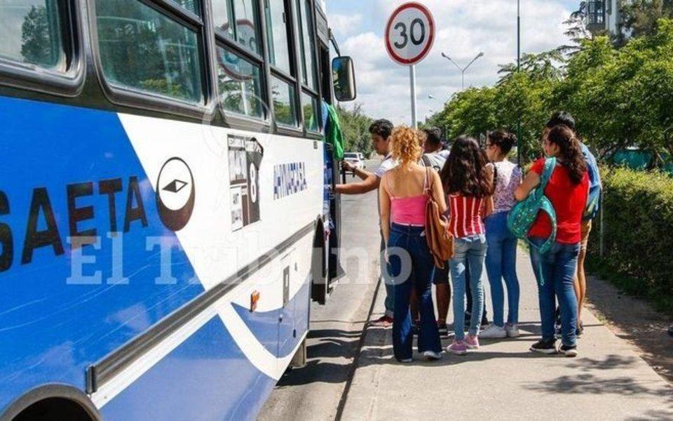 Saeta suspenderá el Pase Libre Estudiantil hasta el 31 de marzo
