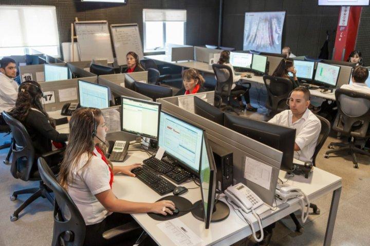 El 911 registró una disminución de más del 60% en los reportes por  incumplimiento del aislamiento