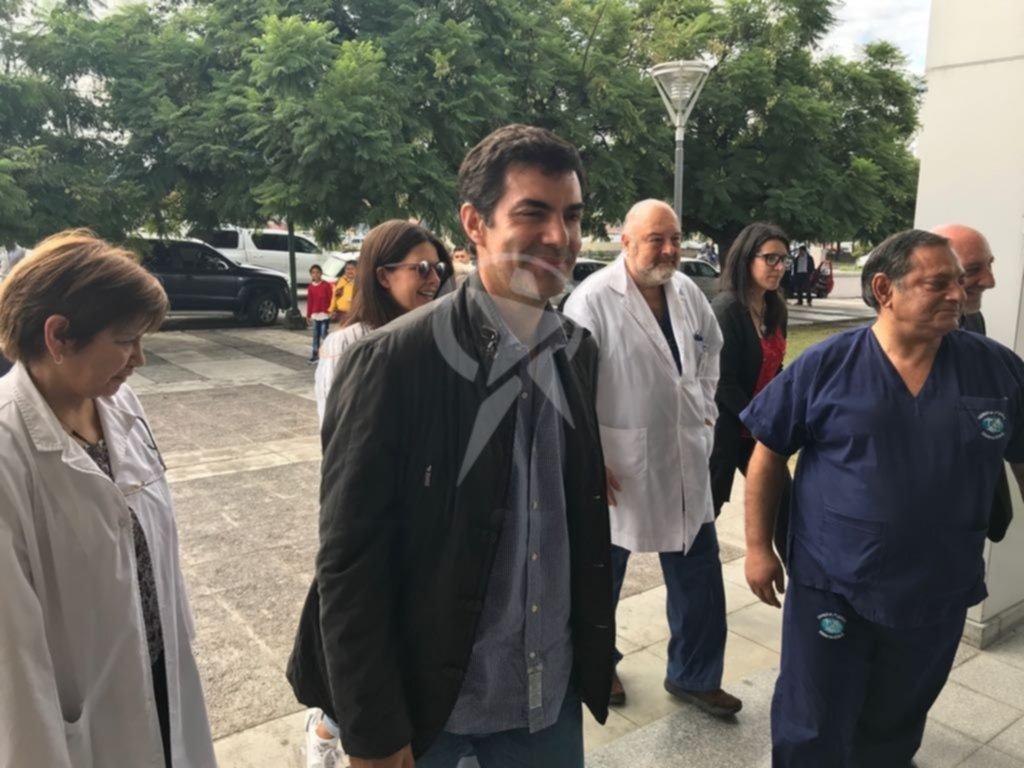 Comienzan a vacunar contra la gripe en hospitales y centros de salud