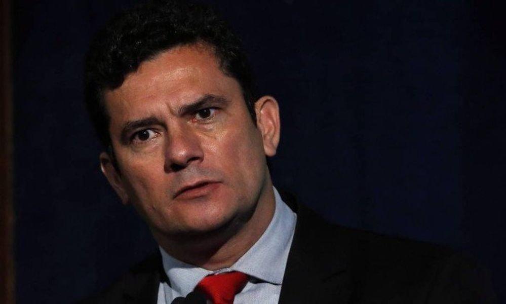 Resultado de imagen para Ordenan prisión expresidente Luiz Inácio Lula da Silva y juez le da 24 horas para entregarse