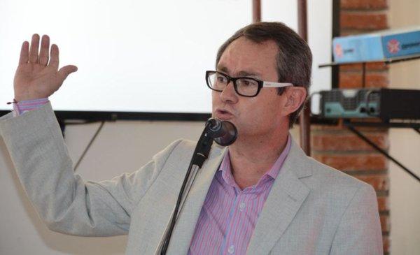 Renunció Mario Pizarro a su banca en la Legislatura y podría ser Ministro  de Producción