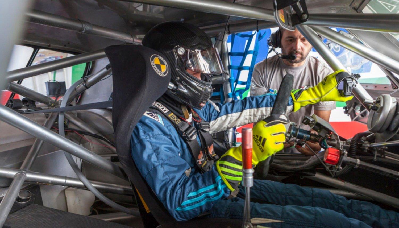 Esteban Cístola sigue en carrera por su primer podio