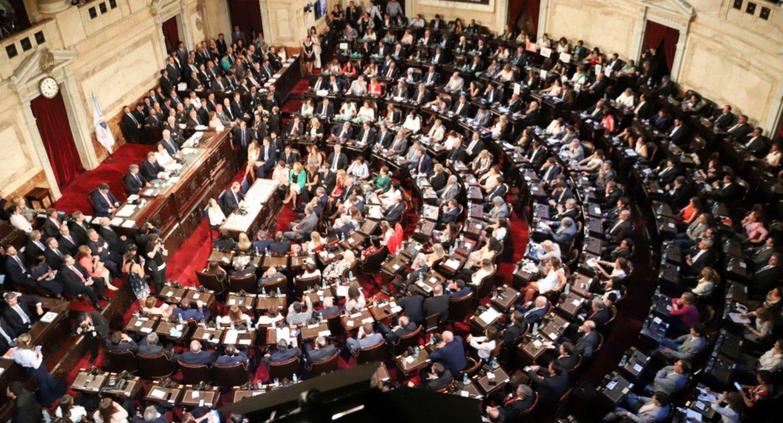 El Gobierno envió tres capítulos del proyecto al Congreso — Reforma laboral