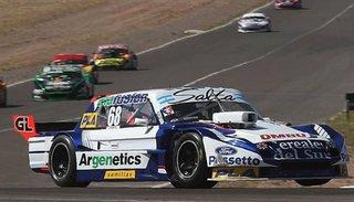 Esteban Cístola fue quinto y dejó la punta del TC Pista