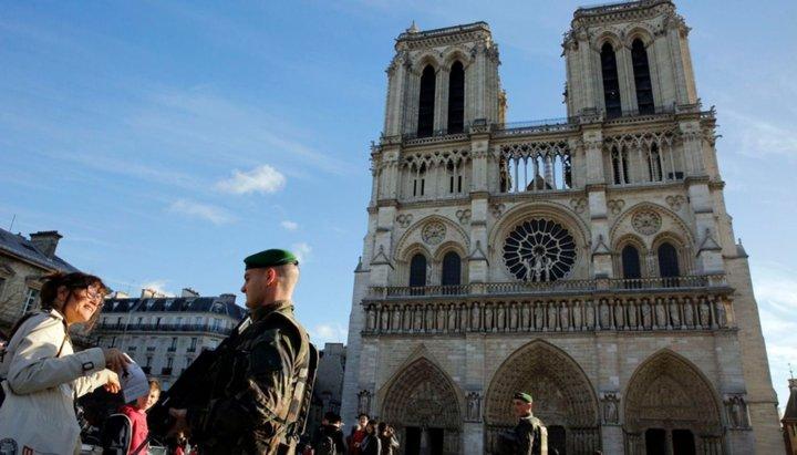 Entre los sitios más visitados de Europa y símbolo de la historia de Francia
