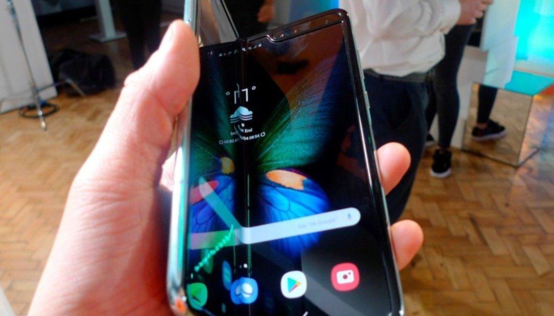 Samsung agotó todos sus teléfonos con pantalla plegable en el primer día de preventa