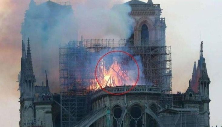 Aseguran que vieron a Jesús entre las llamas en la Catedral de Notre Dame