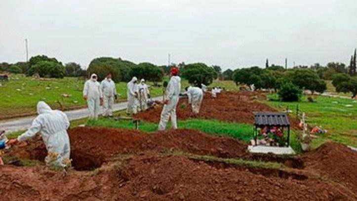 Córdoba cava más de 100 tumbas por día — El peor escenario
