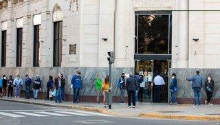 Los bancos habilitan hoy el pedido de créditos a tasa cero