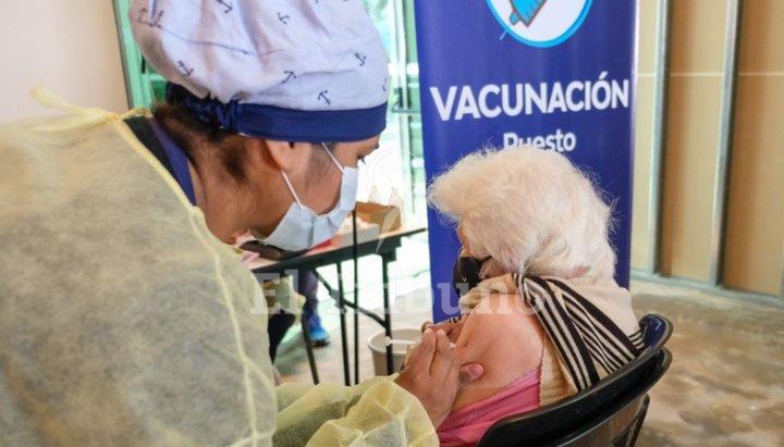 Prioridad de vacunación para los sectores más vulnerables