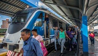 Resultado de imagen para Avanza la concreción de obras y servicios ferroviarios para Salta
