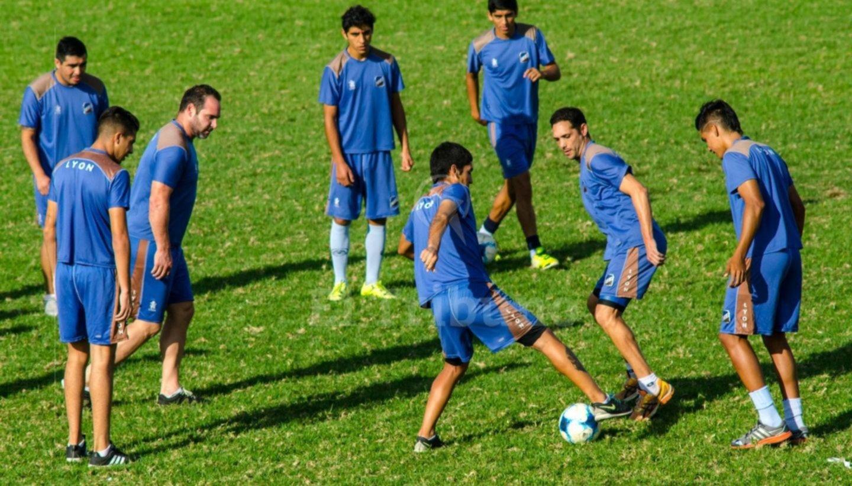 Juventud, jugará a fines de julio con Rosario Central