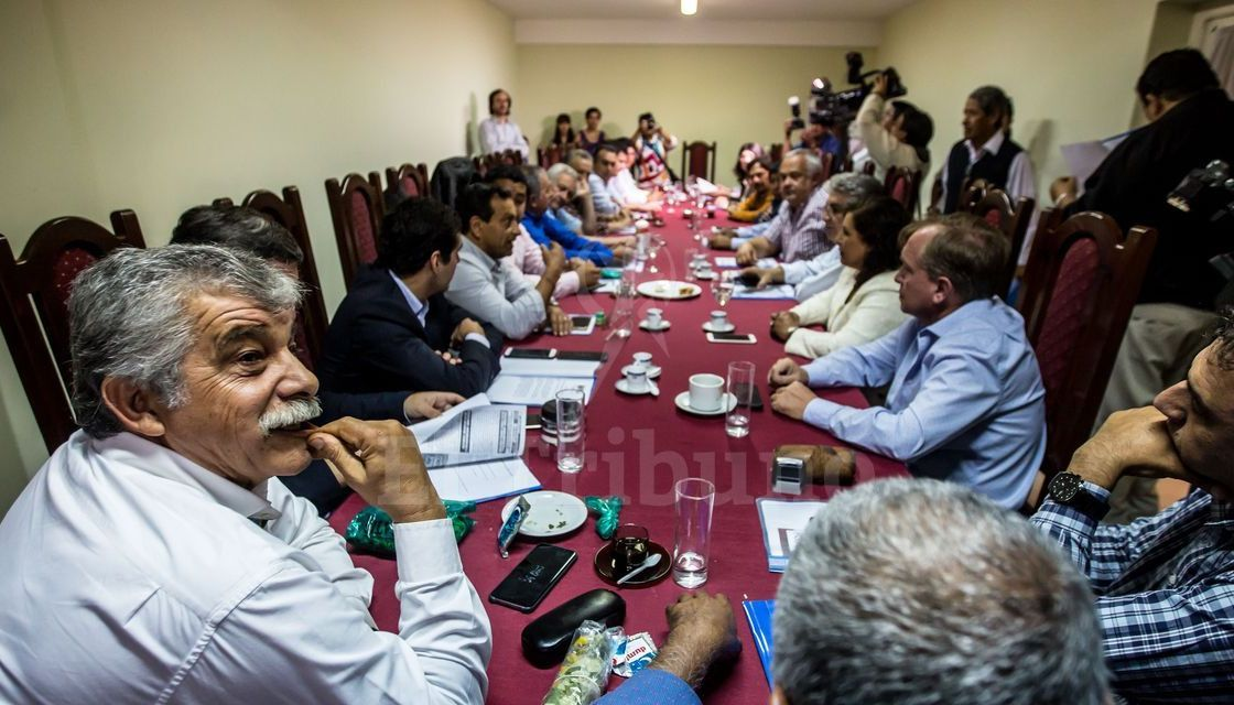 Mario Cuenca sigue al frente del Foro de los Intendentes