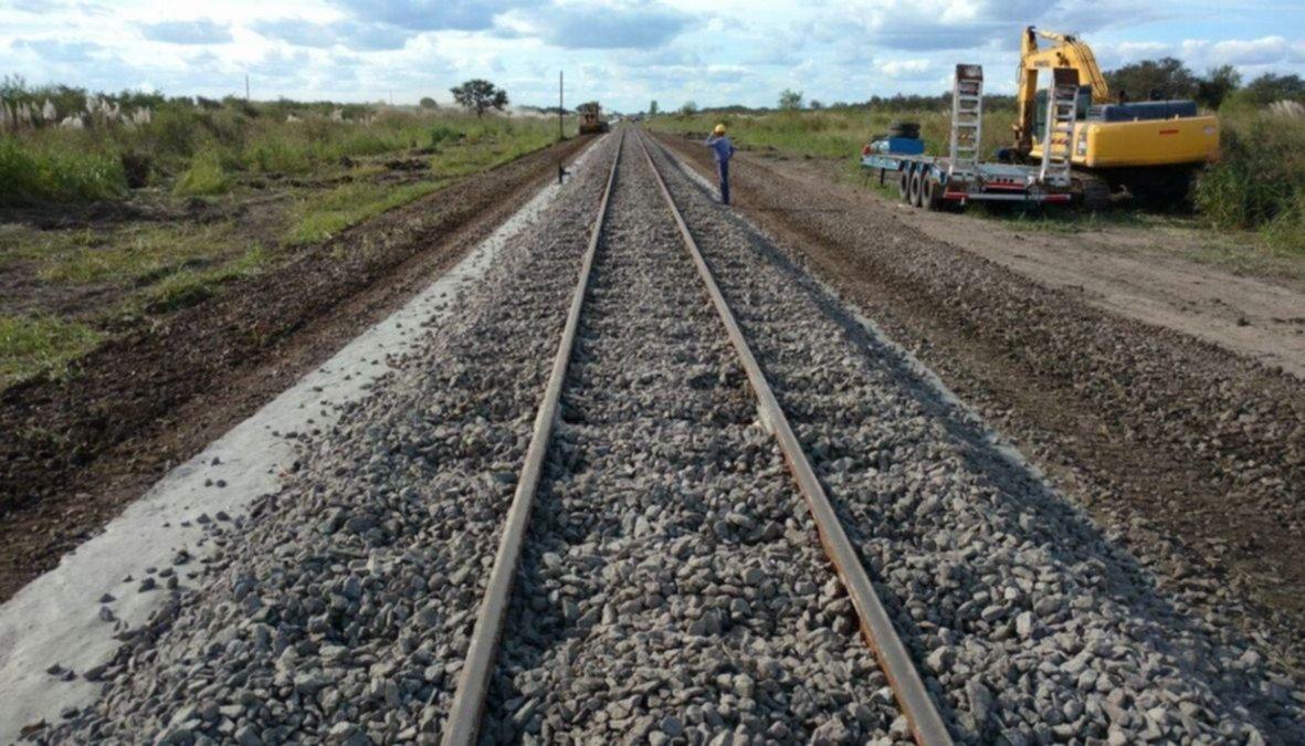 Ingresan 16 conductores a trabajar en renovación de vías