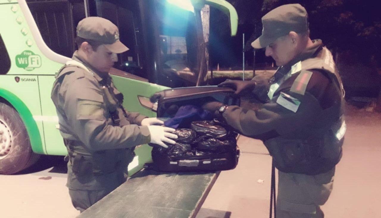 Policía boliviana entrega en la frontera a un narco buscado en Argentina