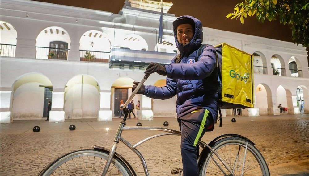 Glovo desembarcó en Salta y recibe críticas del sindicato