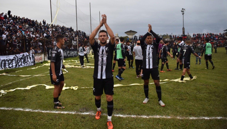 """Buruchaga: """"Tenemos que seguir siendo fuertes de local"""""""