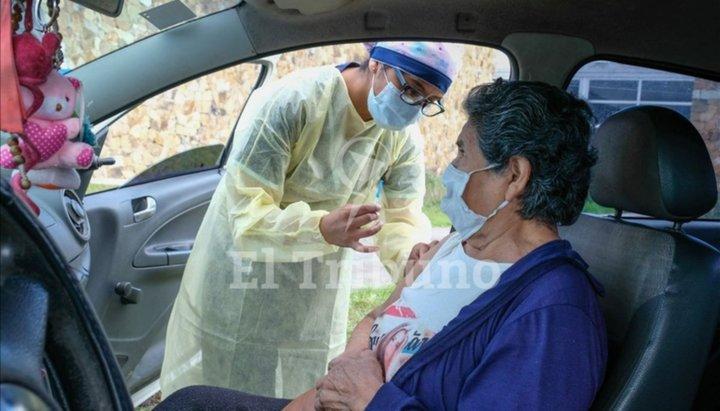 Casi 200 mil personas recibieron la primera dosis de la vacuna en Salta