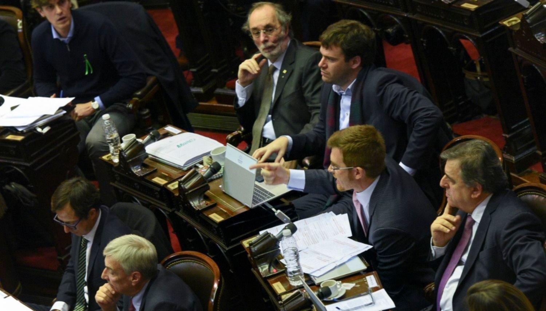 Un intenso debate parlamentario que quedará en la historia