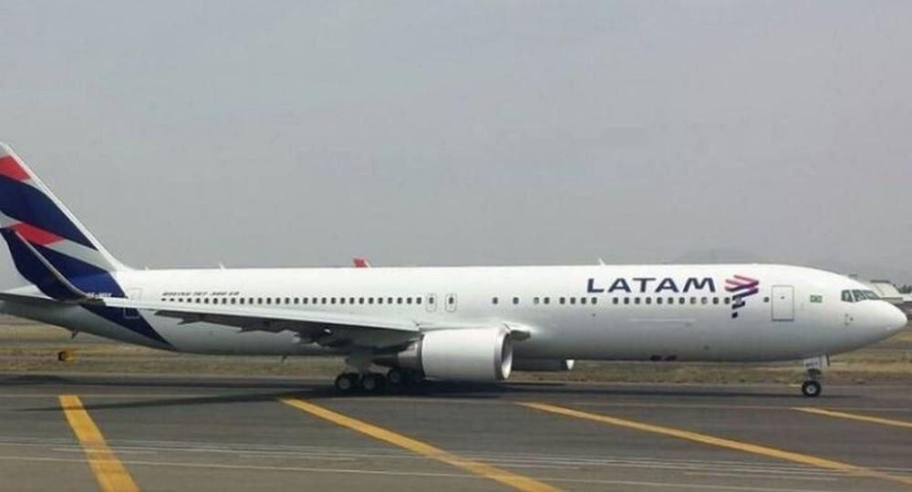 Latam canceló todos sus vuelos y SKY activó plan — Paro en Argentina