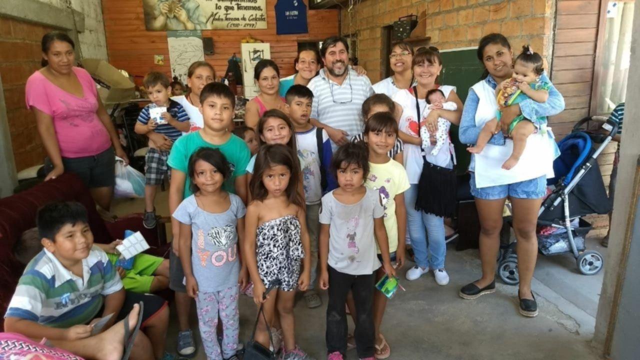 Sin gas natural, un merendero alimenta a unos 65 niños
