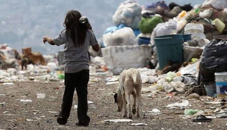 La pobreza ya alcanza al 52% de los niños y adolescentes
