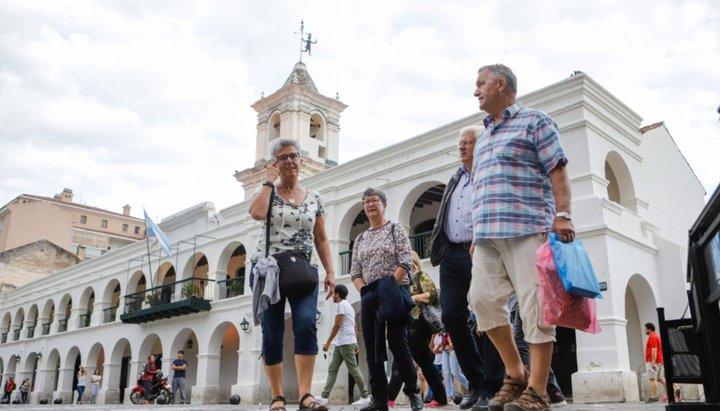 Salta entre las tres ciudades preferidas por los turistas para el feriado largo