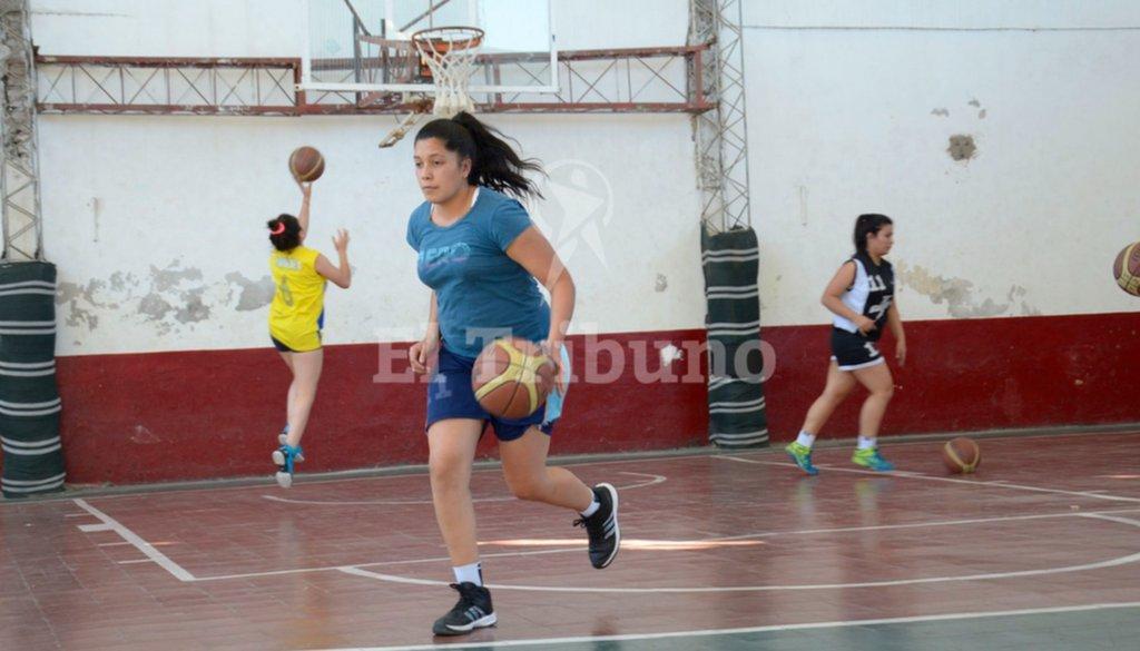 En Salta, el básquet femenino quiere recuperar el espacio perdido