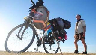 Lo atrapó en Salta la cuarentena y policías no le devuelven su bici