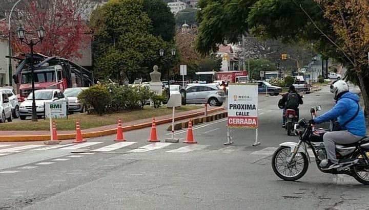 Saeta informó desvíos en los recorridos por obras en la Av. del Bicentenario