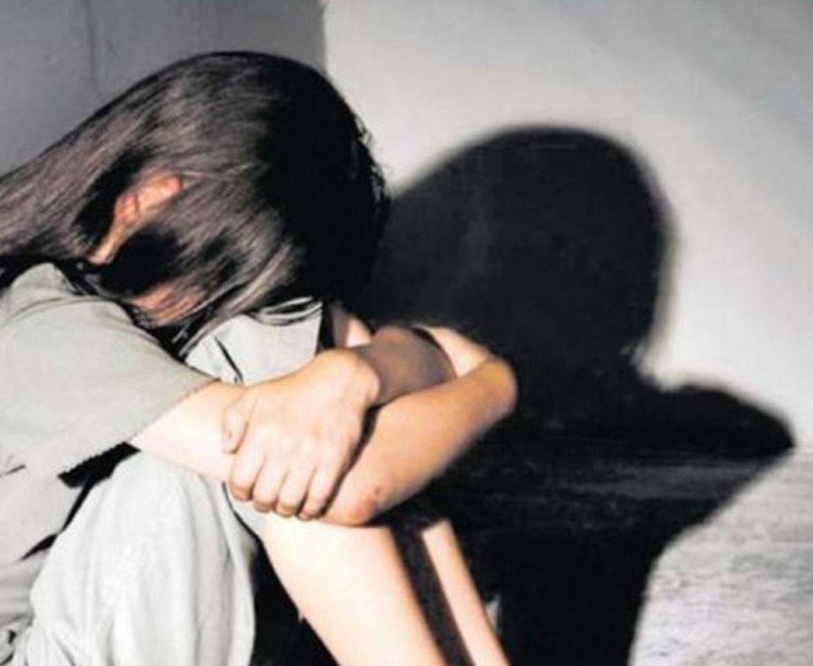 Abusó de su hija desde que tenía 9 años