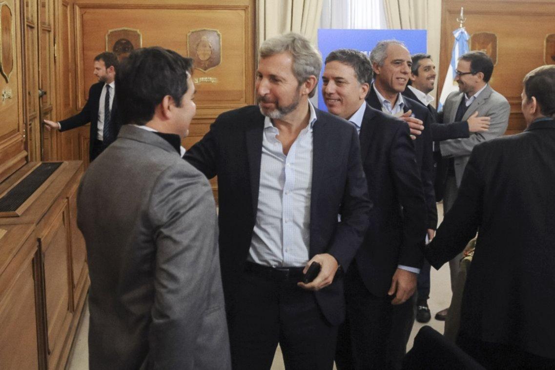 Dujovne remarcó que Argentina cumplirá con las metas fiscales