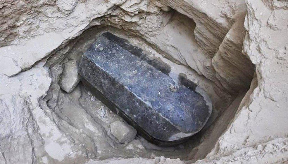 Hallazgo misterioso: sarcófago de 2.000 años sería la tumba de Alejandro Magno