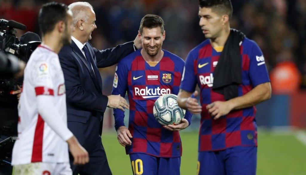Con o sin conflictos, el incansable Messi va por otro récord